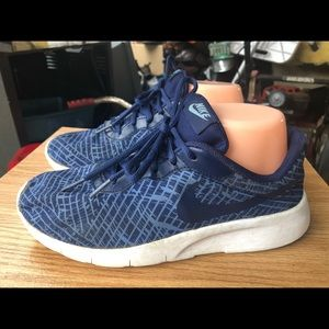 Nike Tanjun Kid's Blue Sky Sneakers Size 6Y